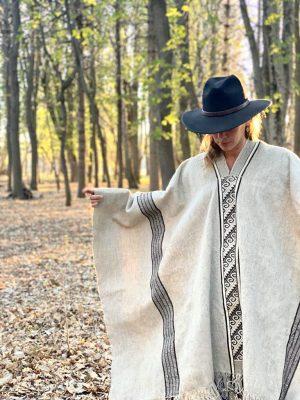 Poncho tejido
